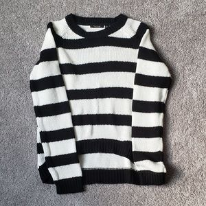 Timing women's striped sweater